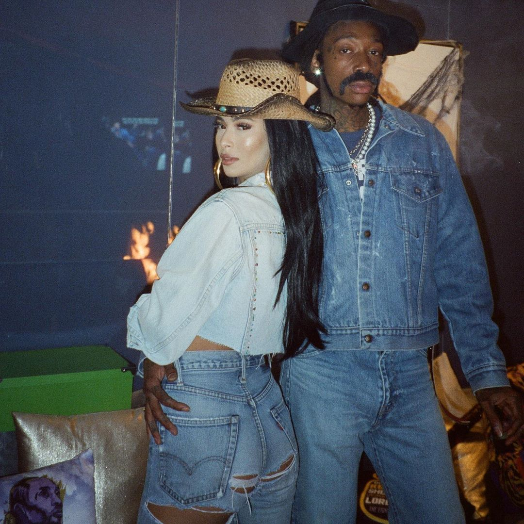 We had a blast at the @mcqueenvioletfog party as Sonny and Cher 🤠💕🔐 Thank you to everyone who showed up and enjoyed @hotboxbywiz and @thekhalifakush s/o @kandypens and @dresinatra for hosting.