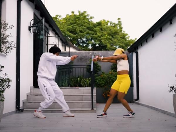"""Nasty C y Ari Lennox presentan el visual de """"Black & White"""""""