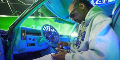 """Snoop Dogg lanza """"Gang Signs"""", el tercer visual de su nuevo disco"""
